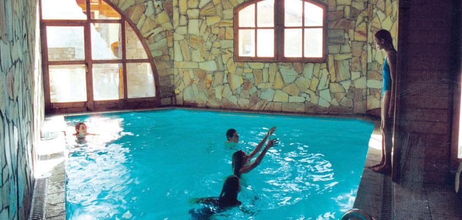 France_Val-Thorens_chalet_adrienne_indoor_pool.jpg